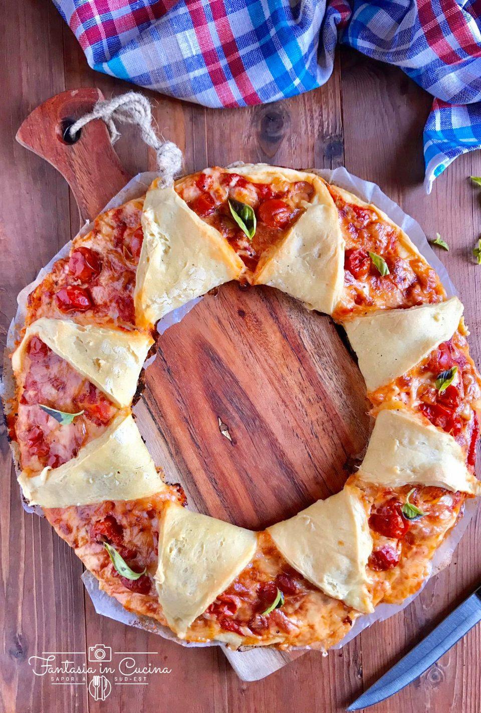 Pizza corona: ricetta ciliegino e basilico
