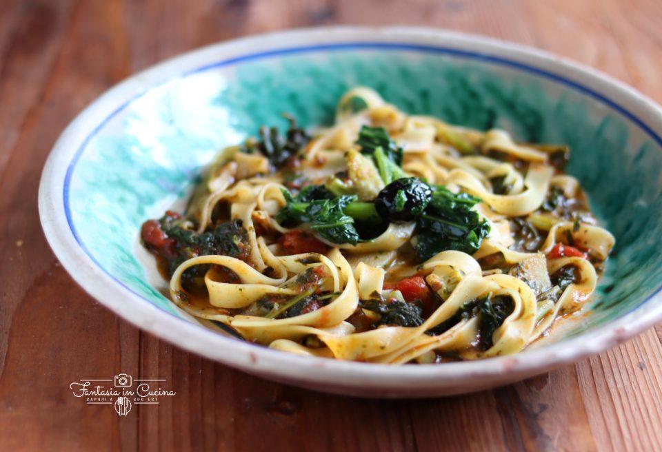 Pasta cavoli e pomodoro: ricetta siciliana