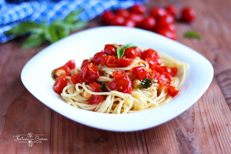 spaghetti alla picchio pacchio: ricetta siciliana
