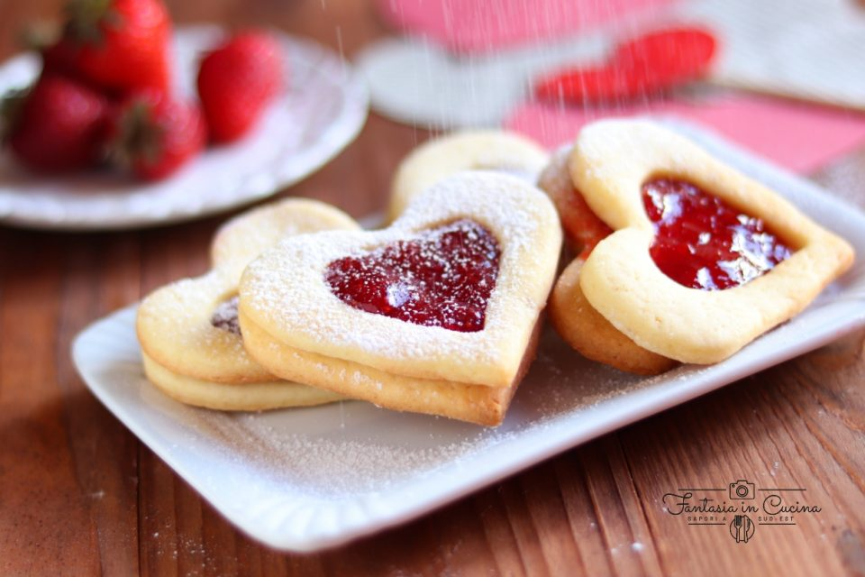 Biscotti occhio di bue a cuore