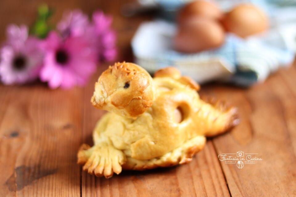 Colomba di pasqua con l'uovo sodo: ricetta Ragusana
