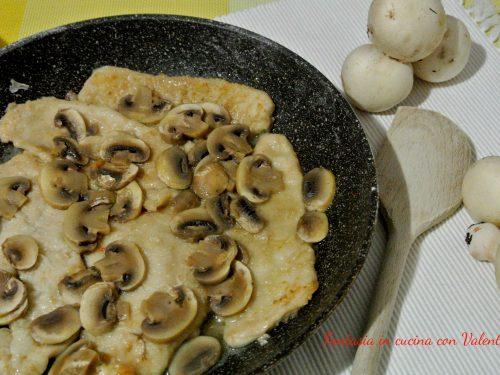 Scaloppine di pollo ai funghi