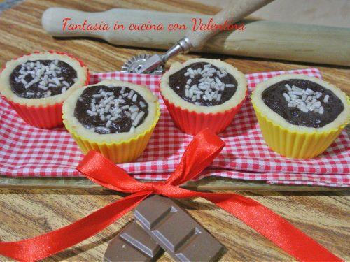 Cestinetti con cioccolato fondente