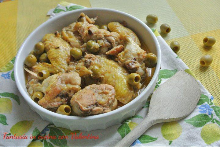 Pollo con olive verdi