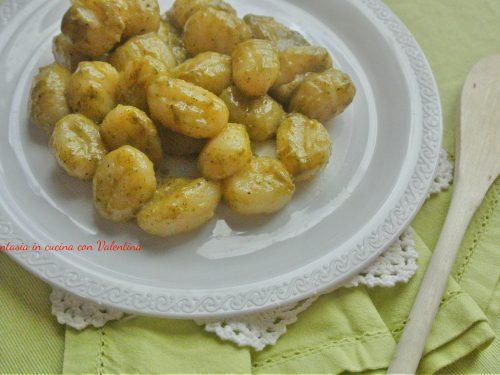 Gnocchi patate pesto e gorgonzola