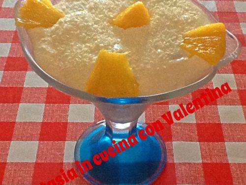 Coppa con crema, Ananas e cocco