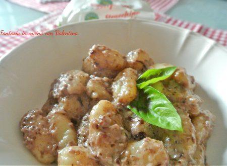 Gnocchi di patate con stracchino e radicchio