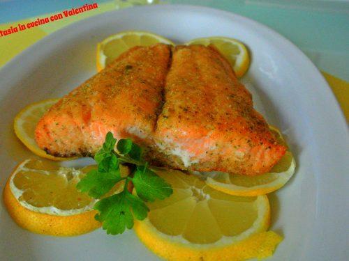Salmone gratinato alle erbe