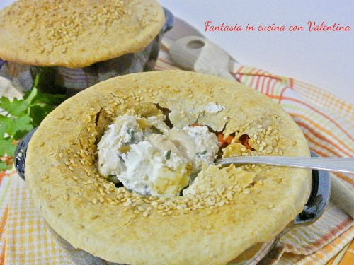 Pollo e funghi in cocotte con pasta brise integrale