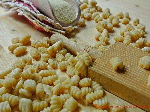 Malloreddus sardi  (gnocchetti sardi )
