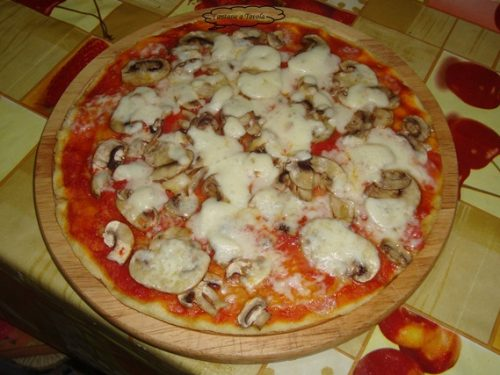 Pizza di casa mia