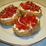 Panzanella su crostino integrale ricetta facile fantasie a tavola