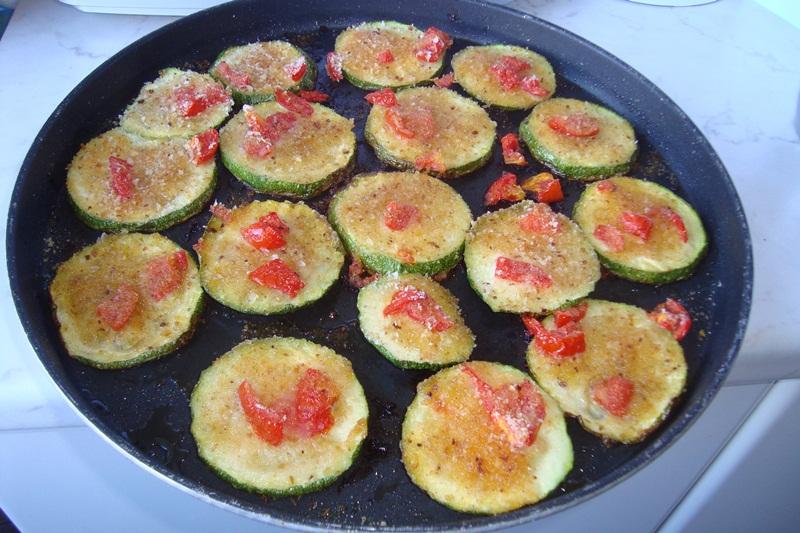 Zucchine gratinate ricetta vegetariana di Fantasie a Tavola