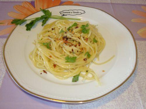 Spaghetti aglio olio e peperoncino al tegame