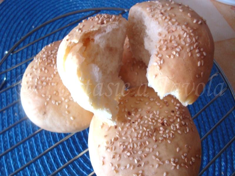 Panini al sesamo ricetta facile di Fantasie a Tavola