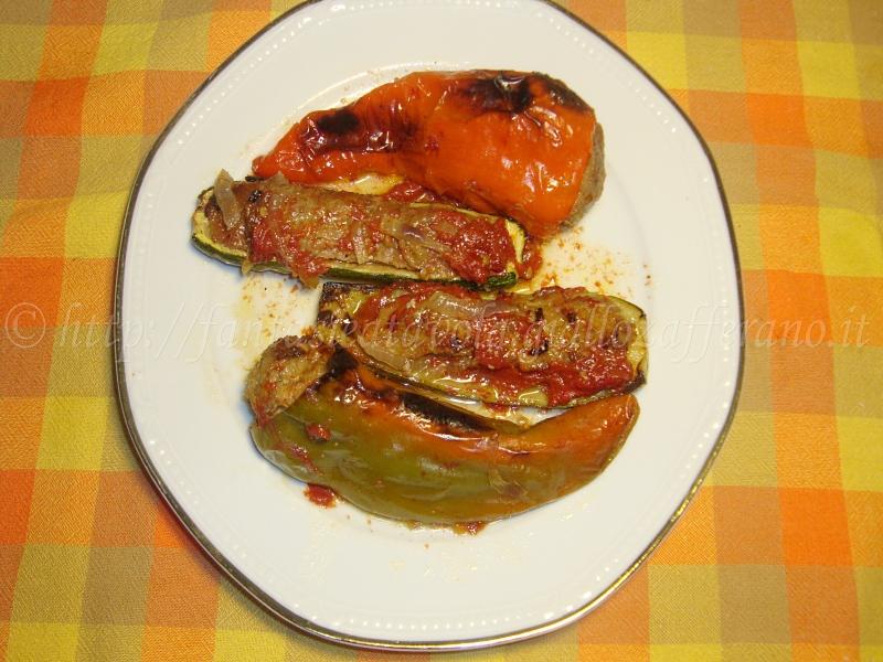 Peperoni e zucchine farciti ricetta tradizionale di Fantasie a Tavola