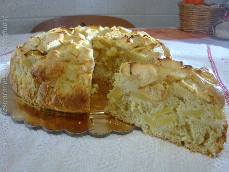 Torta semplice alle mele ricetta dolce di Fantasie a Tavola