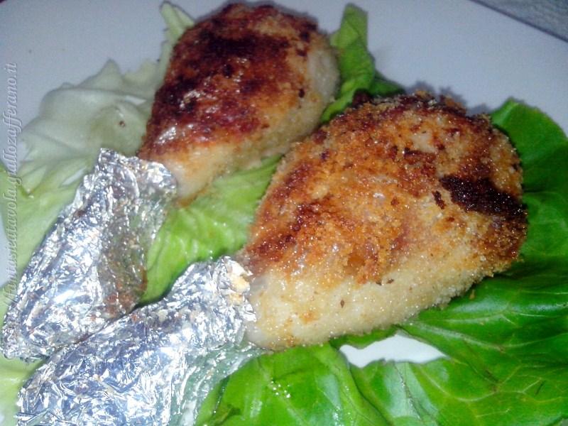 Fusi di pollo croccanti ricetta semplice di Fantasie a Tavola