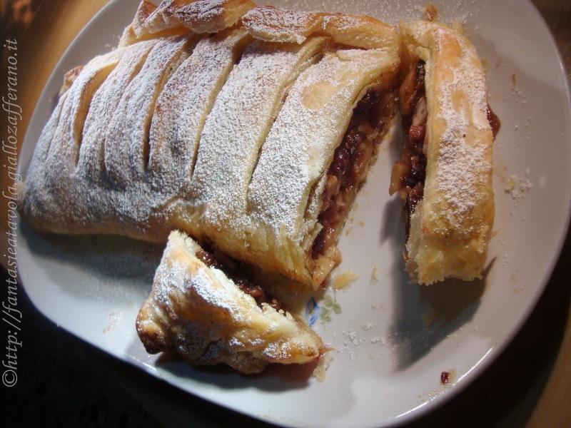 Strudel semplice di mele ricetta dolce di Fantasie a Tavola
