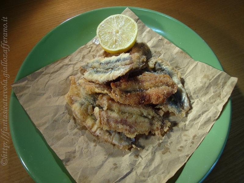 Alici fritte dorate ricetta economica di Fantasie a Tavola