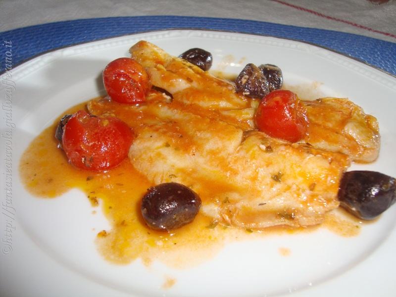 Filetti di pesce alle olive ricetta pesce di Fantasie a Tavola