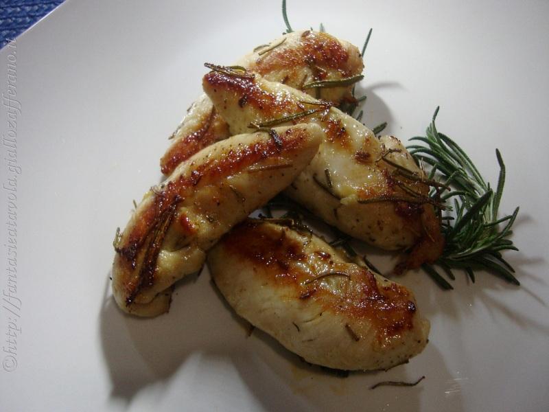 Petti di pollo al rosmarino di Fantasie a Tavola