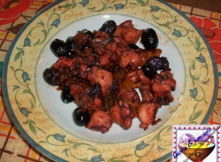 Polpo con pomodorini ed olive, ricetta