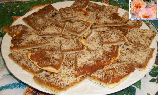 Pizzette zucca e nocciole, ricetta finger-food