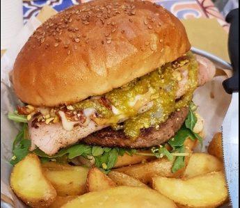 Maxi burger in crema di pistacchi