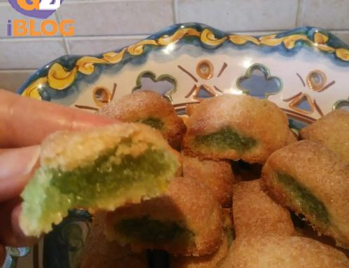 Biscotti con la conserva di zuccata