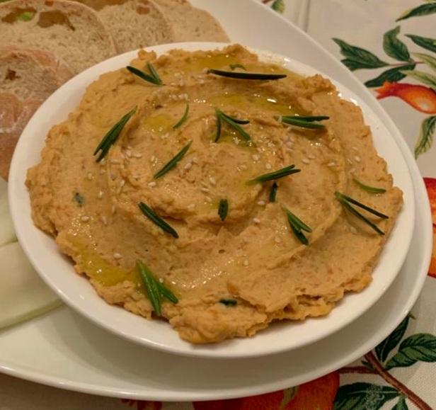 Hummus con carote