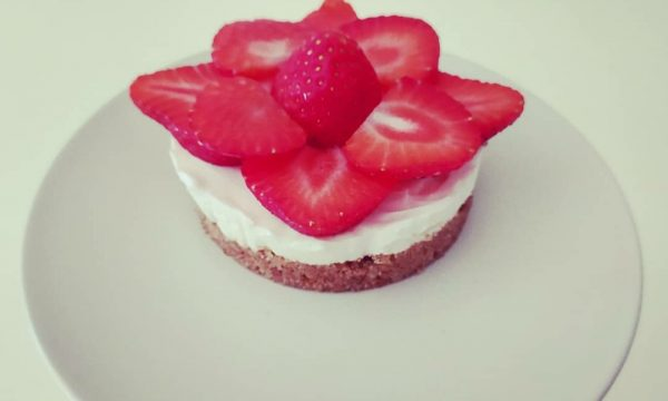 Fit cheesecake alla fragola