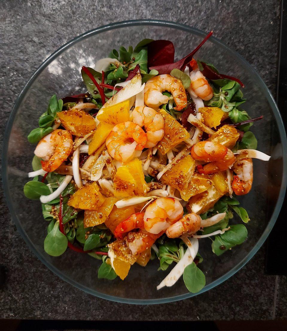 insalata arancia, finocchio e gamberetti