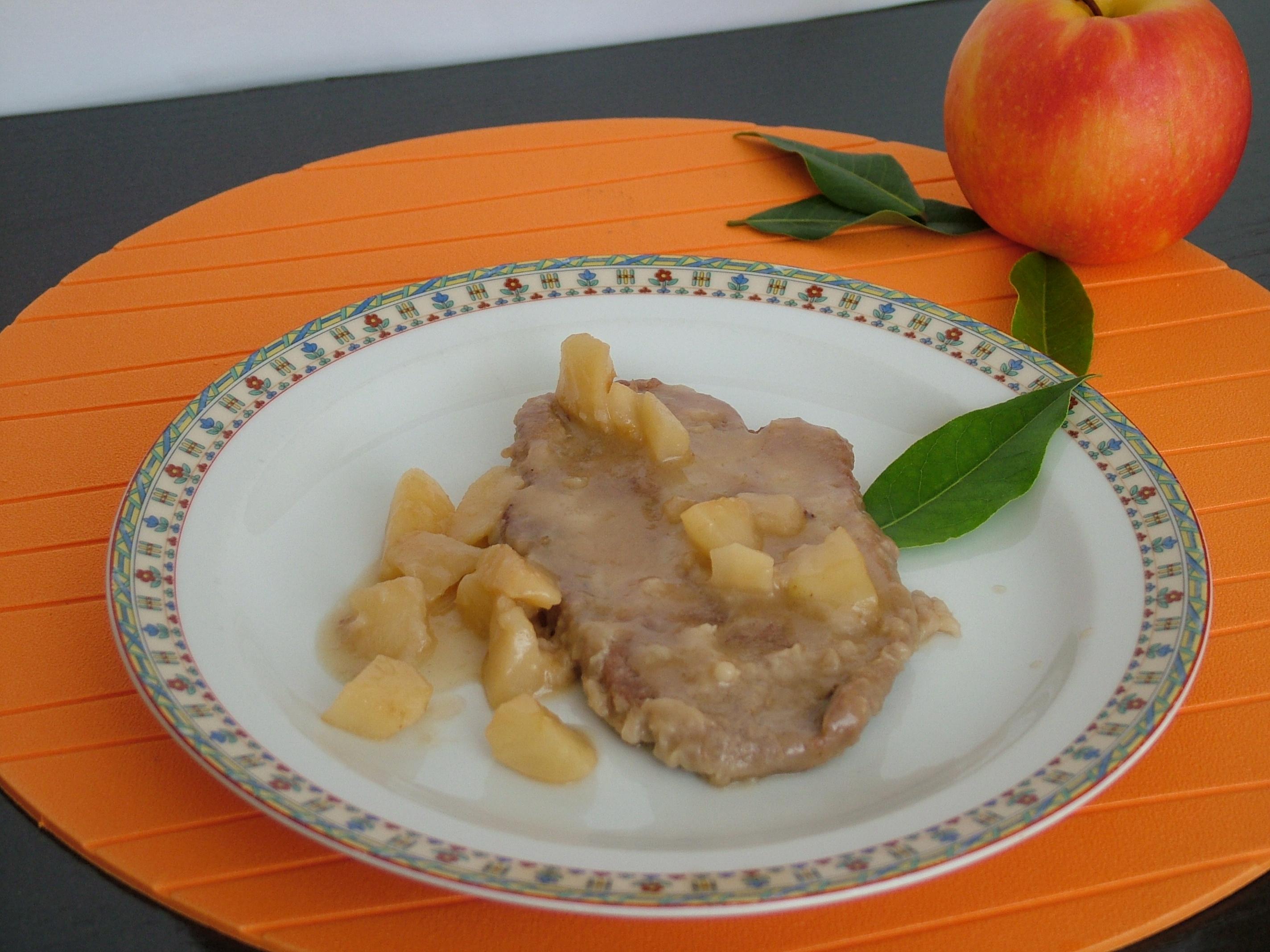 Bistecche di maiale alle mele