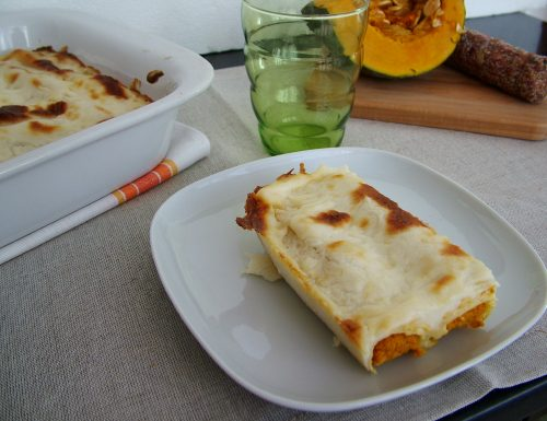 Cannelloni con zucca, salame e ricotta infornata