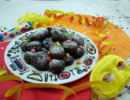 Frittelle con farina di castagne e cacao