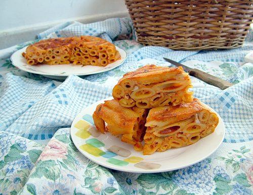Pastiera di maccheroni alla pizzaiola