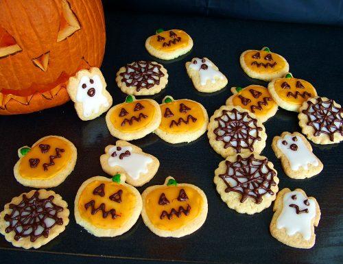 Creepy cookies (biscotti di Halloween di Nigella Lawson)