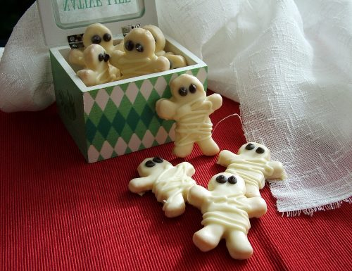 Biscotti mummia (idea per Halloween)