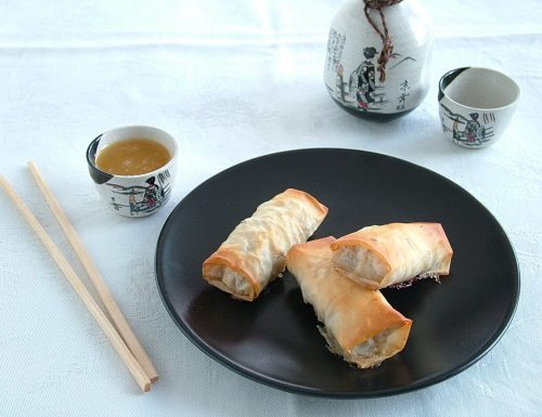 Fagottini di anatra croccanti con salsa all'arancia