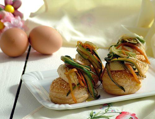 Sfogliatine con crema di uovo sodo e verdurine – antipasto semplice per Pasqua