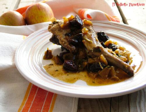 Coniglio alle mele con prugne – un secondo piatto semplice e originale