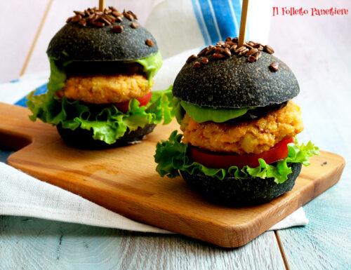 Burger di salmone e gamberi con maionese di avocado