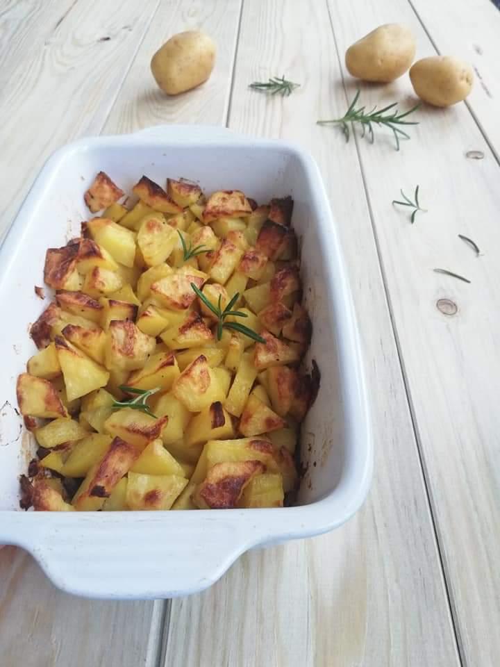 patate al forno croccanti verticale