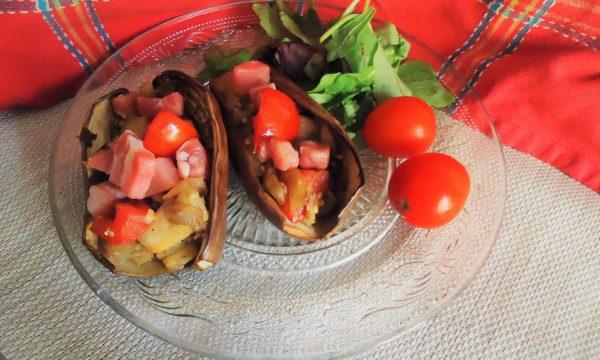 Barchette di melanzane striate con pancetta dolce