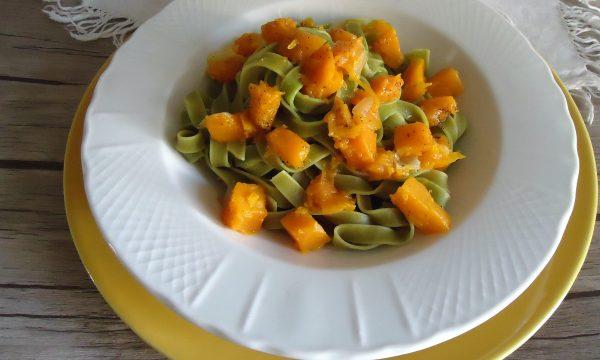 Tagliatelle di spinaci con zucca
