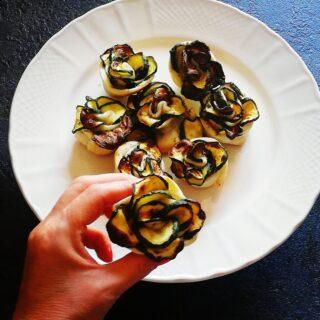 Rose di zucchine in sfoglia   finger food