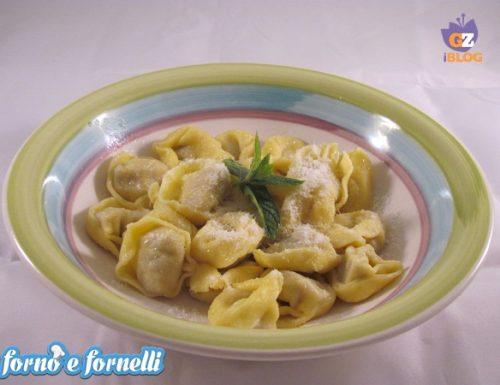 Tortellini ripieni carciofini e pomodori secchi