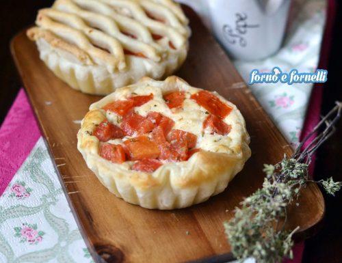 Crostatine ricotta e pomodori