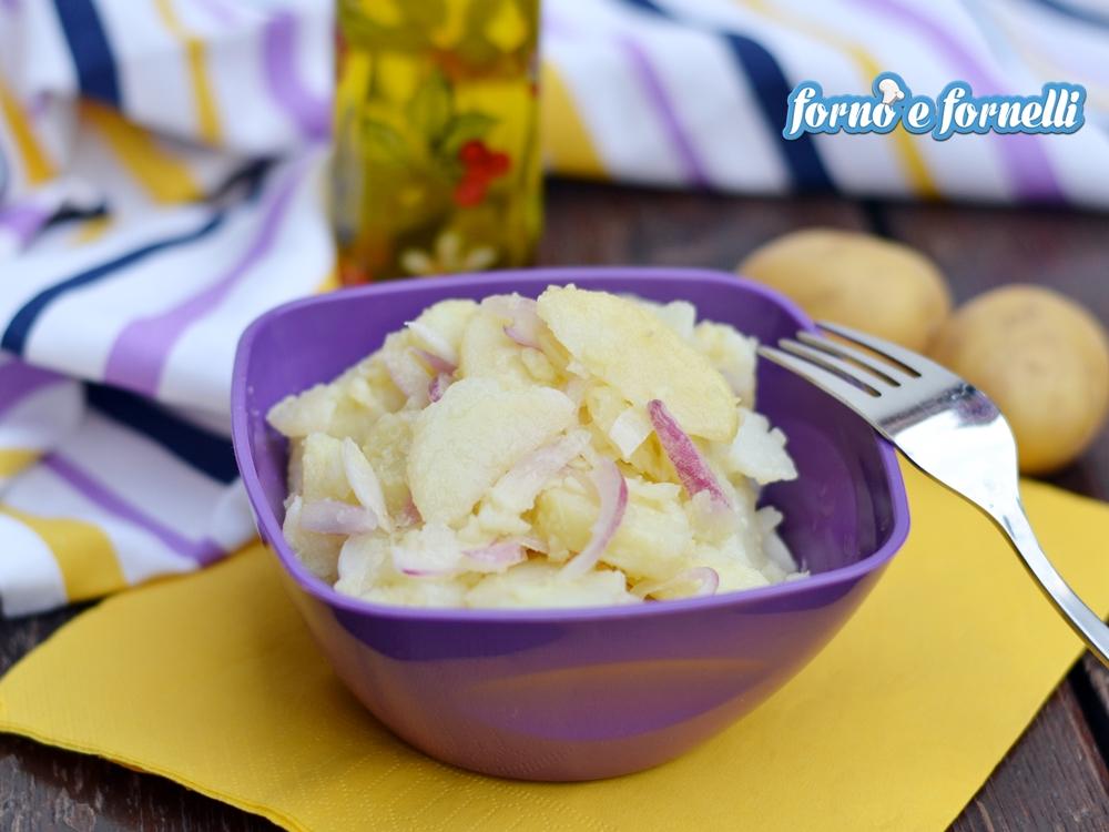 Insalata di patate e cipolla